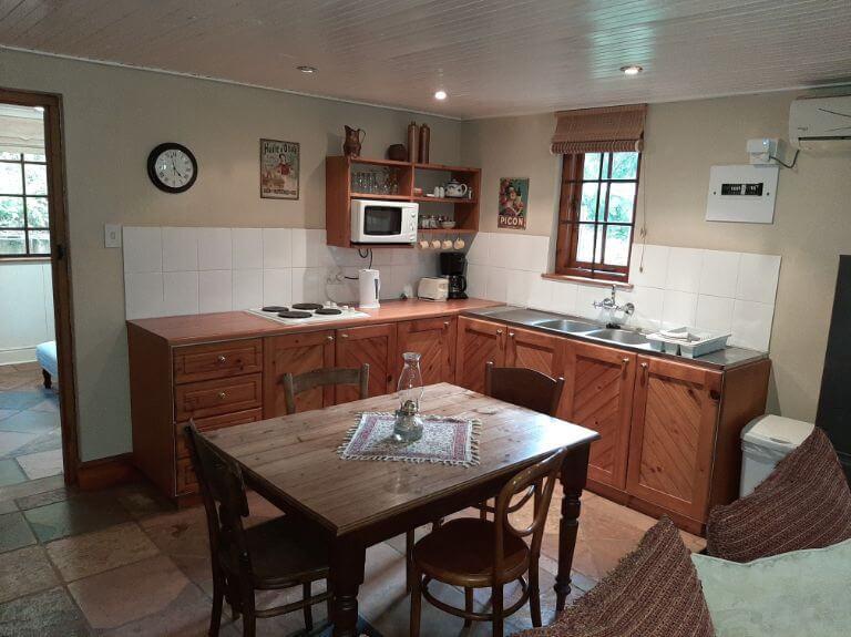 Strelitzia cottage kitchen